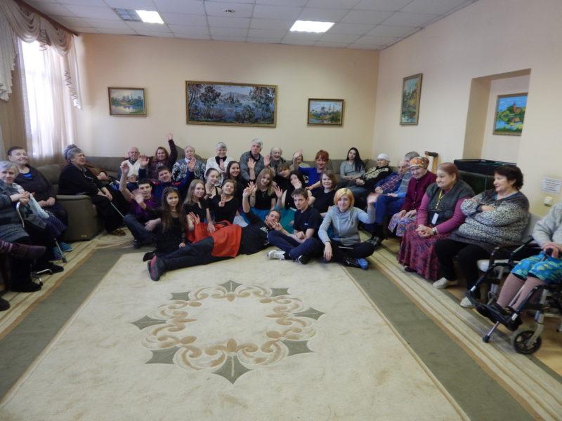 Праздничный концерт в доме-интернате «Ветеран»